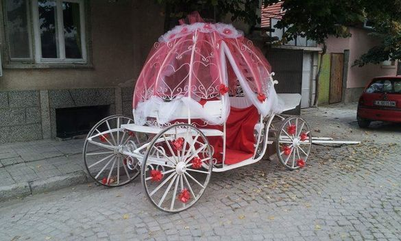 Каляска под наем за сватби и други тържества.