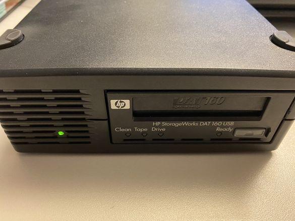 Лентово записващо устройство HP DAT160 USB за сървър