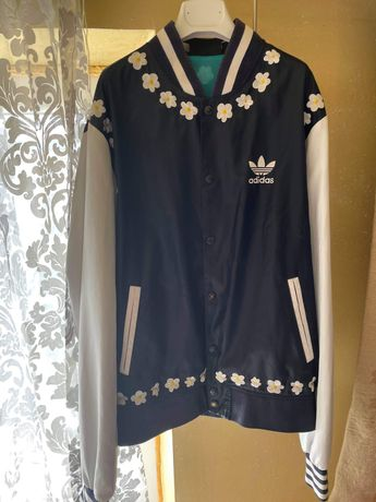 Vand jacheta Adidas