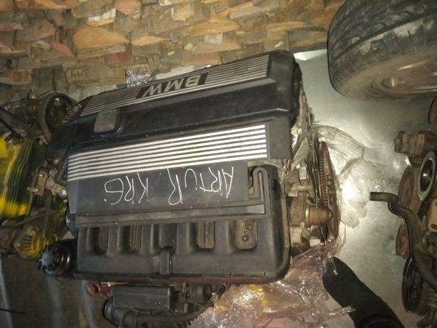 Двигатель м54 2.5
