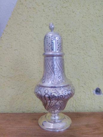 Продавам сребърна захарница Бирмингам 1902 марка T. Wooley