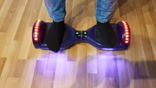 Hoverboard (scooter electric)