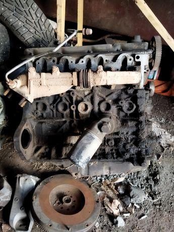 Двигатель, коробка, комп, коса на пятицилиндровый двигатель Ауди 80