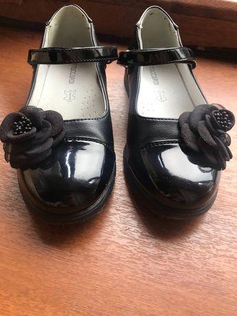Туфли на девочку 30 размер