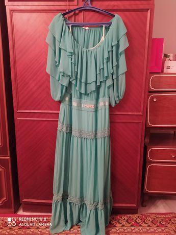 Женское длинное платье большой размер