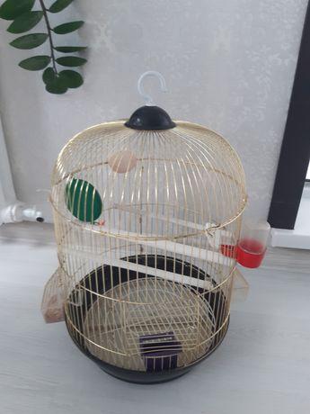 Продам 2 клетку для попугая