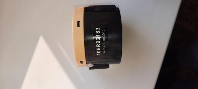 Продам  картридж  (1 0 6 R 0 2 1 8 3 )  50  шт  есть  опт