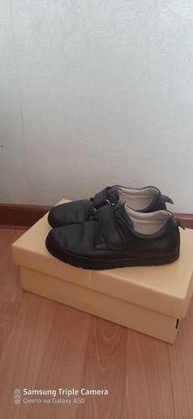 Продам туфли юничел