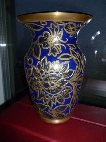 vas sticla emailata in relief cu aur-design Jodhpur art deco.
