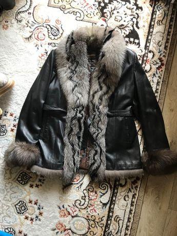 Автоледи можно носить и как полупальто кожаное мех песец одевала один