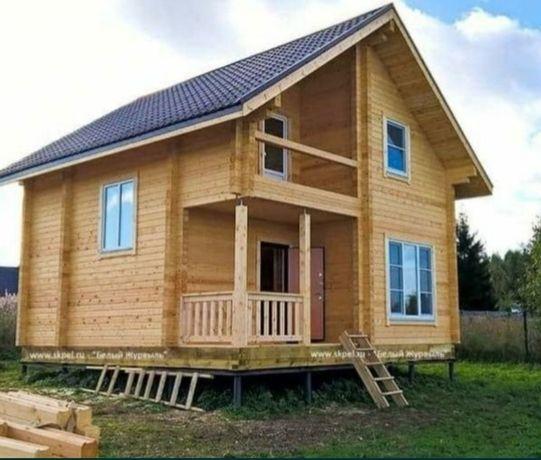 Vindem case din lemn pe piloni sau pe placă de beton