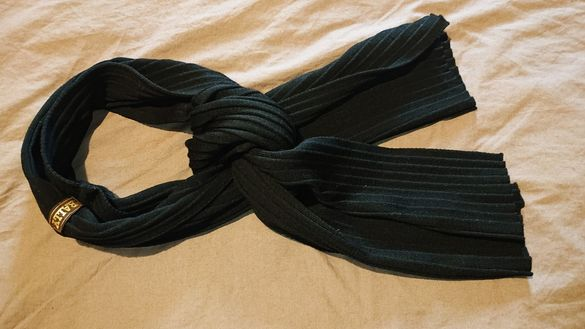 Оригинален шал Bally
