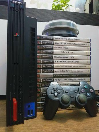 Vând Playstation 2 modat cu controller și 16 jocuri