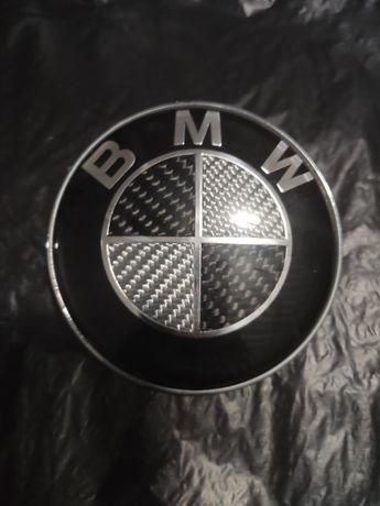 Карбонова черно-бяла емблема BMW