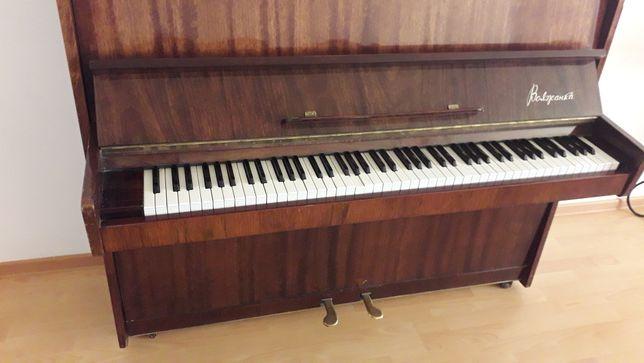 """Продам фортепиано """"Волжанка"""""""