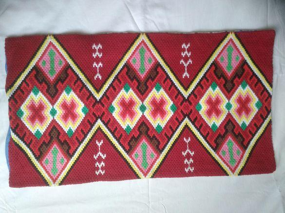 Автентични ръчно тъкани калъфки за възглавници