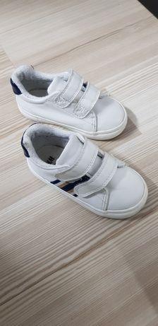 Adidasi H&M cu scai marime 23