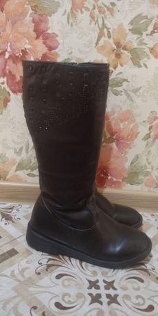 Зимние  сапоги для девочки  размер 38