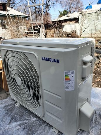 Кондиционер Samsung новый 24 блок на 80 кв.