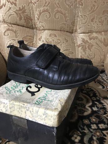 Продам туфли в хорошем состояние