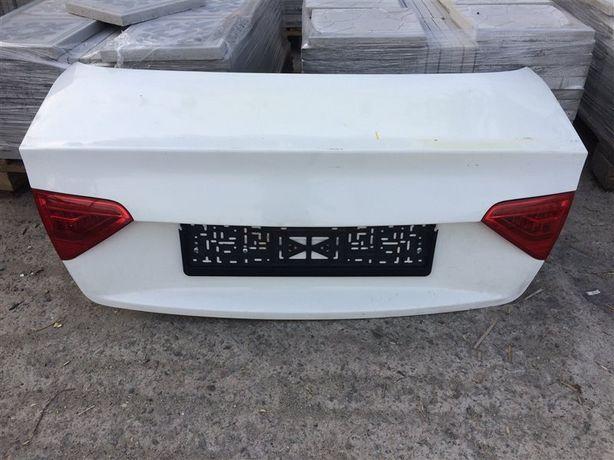 Крышка багажника Audi A5 8T