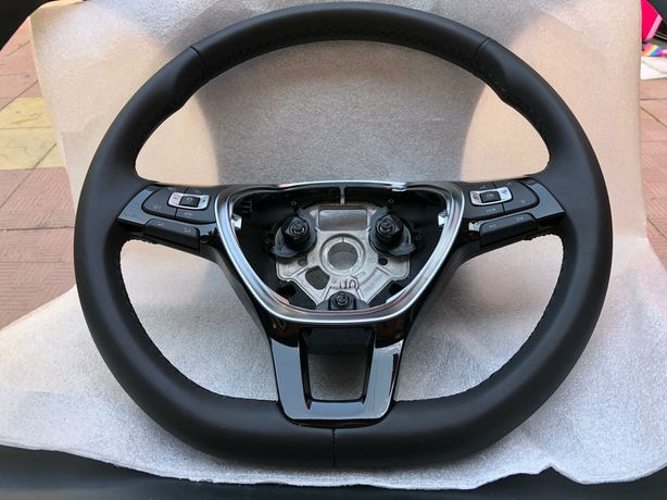 Vând volan VW Polo VW Touran VW Jetta