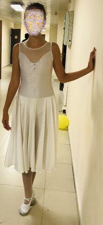 продам балетный костюм для выступления на 11-13 лет