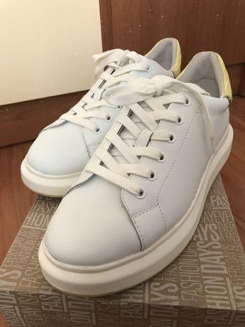 Спортни обувки - естествена кожа