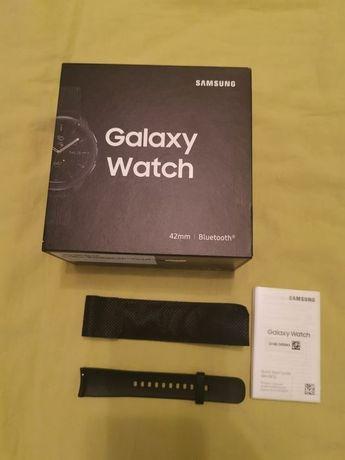 Cutie cu manuale + brățară mărimea M Samsung Galaxy Watch 42mm
