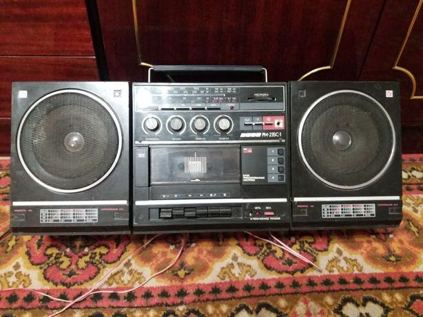 Продам  магнитолу  Вега рм235с1 год выпуска1991