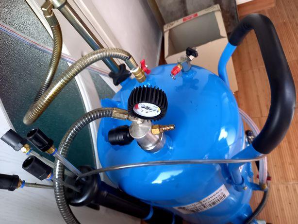 Extractor de ulei pentru service