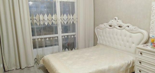 Кровать АФИНА с матрасом и комод с зеркалом