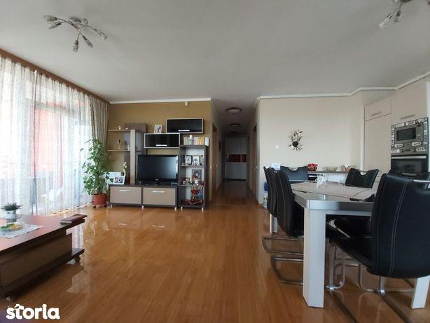 Apartament 3 camere ultramodern,Zona Intim - Red-uri