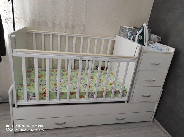 Детская кровать(система маятник)