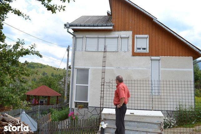 Casa D+P+E si teren in Localitatea Borsa Jud MM