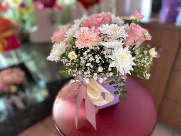 Цветы в коробке • Розы • Букеты • Доставка Цветов 13