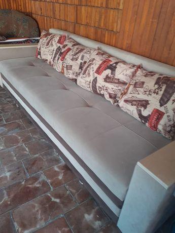 Угловой диван за 110.000тг. Торг