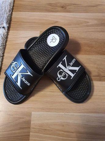 Papuci dama și bărbați