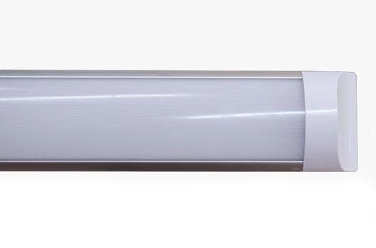 тёплый/средний/холодный свет 40W и есть другие варианты освещения