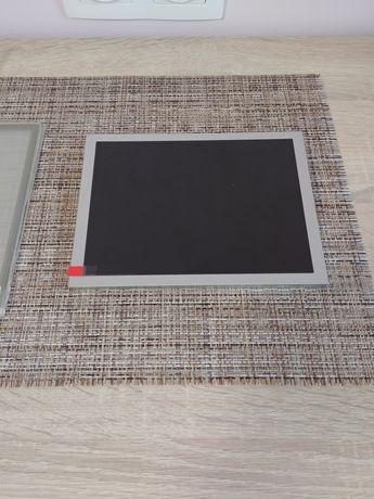 LCD Дисплей и Тъч скрийн за Korg