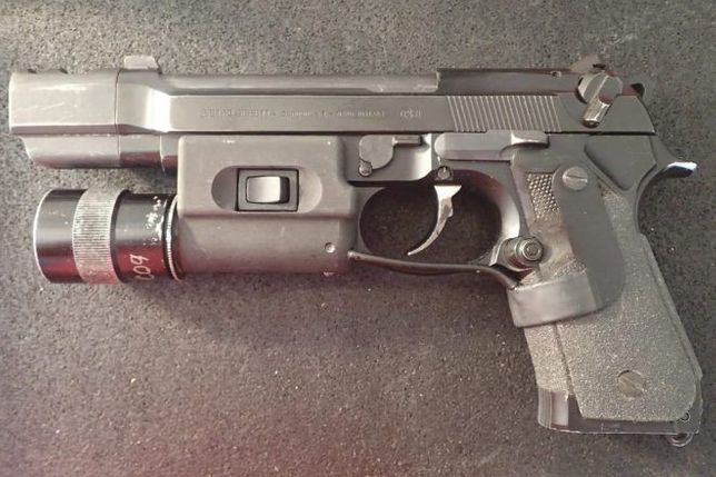 Pistol PUTERNIC Taurus *C02* Cybergun/Airsoft SEMI-FULL METAL cu gaz