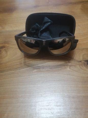 Слънчеви очила.