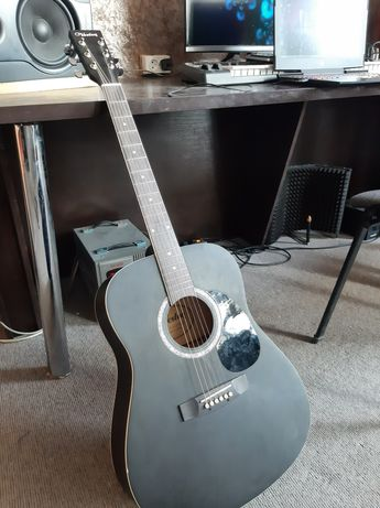 Продам Guitar Veston