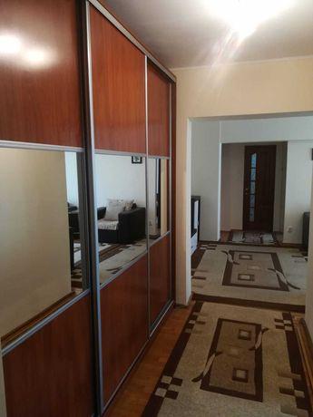 Apartament 3 camere de inchiriat, renovat - Teiul Doamnei