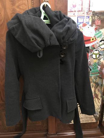 Продам жеское пальто