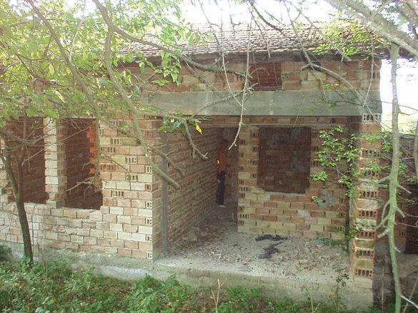 846-Продава едноетажна масивна къща в с. Побит камък