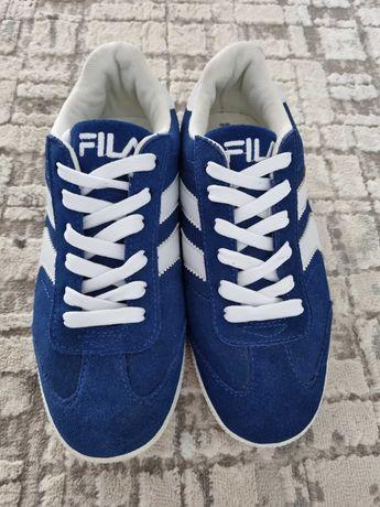 Продам кросовки Fila