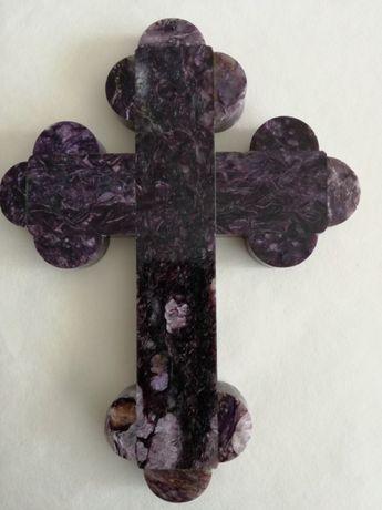 Кръст от чароит
