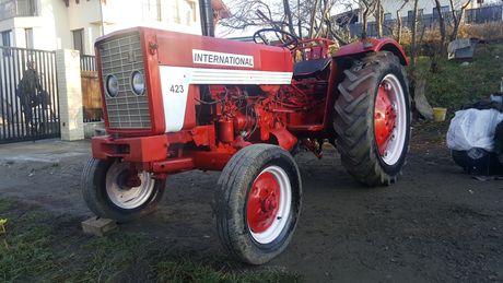 Tractor  IHC International 423