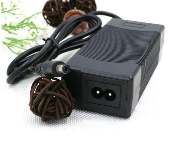 Зарядно устройство 3S 12.6V 5А за литиево-йонни батерии battery charge